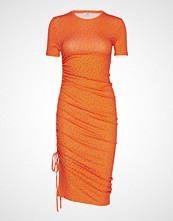 Envii Enzoe Ss Dress Aop 5890 Knelang Kjole Oransje Envii