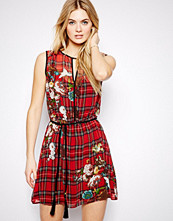 Mango Floral And Check Print Sleeveless Dress - Red