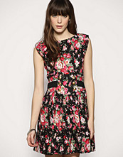 Dahlia Cut Out Back Vintage Floral Dress
