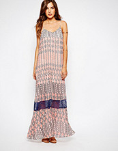 Bcbgeneration BCBG Generation Kaftan Dress In Tile Print