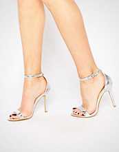 Glamorous Silver Patent Two Part Heeled Sandals