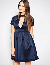 Studio 75 Minnie V Front Tea Dress