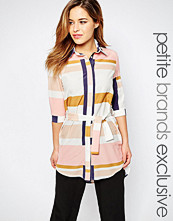 Alter Petite Oversized Graphic Printed Shirt