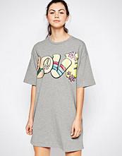 Love Moschino Hippy Love T-Shirt