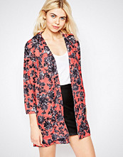 Girls on Film Longline Floral Lightweight Jacket