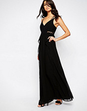 Bcbgeneration Lace Insert Plunge Neck Dress