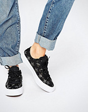 Converse All Star Chuck Taylor Reflective Stars Ox II Plimsoll Trainers