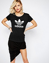 Adidas Originals Fitted T-Shirt With Trefoil Logo