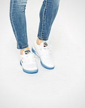 Reebok White Work Out Clean With Blue Gum Sole