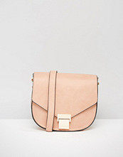 Liquorish Saddle Cross Body Bag