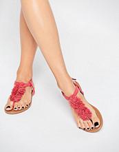 Daisy Street Coral Pom Pom Flat Sandal