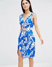 stylestalker Blue Jasmine V-Neck Dress