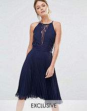 Elise Ryan Pleated Midi Dress With Lace Insert