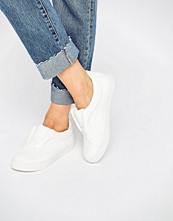 Lost Ink White Lace Free Plimsolls
