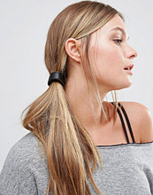 Kitsch Vegan Leather Bandable Ponytail Cuff