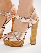 Lost Ink Roxa Gold Platform Heeled Sandals