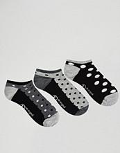 Penguin 3 Pack Dotty Trainer Socks