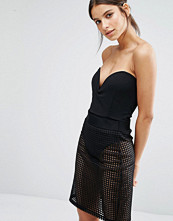 Missguided Strapless Plunge Neck Body