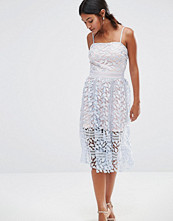 Boohoo Exclusive Premium Lace Midi Dress