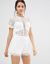 Missguided Lace Short Sleeve Playsuit
