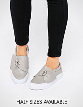 ASOS DIGGER D-Ring Trainers