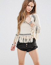 Glamorous 3/4 Sleeve Jumper With Chevron Knitted Pattern And Tassel Hems