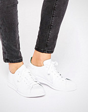 Adidas Originals Clean White Leather Stan Smith Trainers
