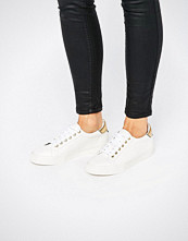 ASOS DEPORT Lace Up Trainers
