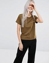 Weekday Scoop T-shirt