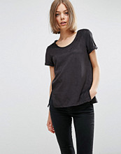 Vila Perforated T-shirt