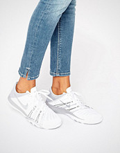 Nike White Free Tr6 Trainers