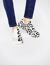 Reebok Furylite Slip On Trainers With Leopard Placement Print