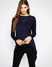 Daisy Street Long Sleeve T-Shirt with Split Back