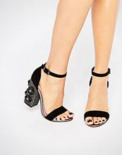 Lost Ink Darima Floral Block Heeled Sandals