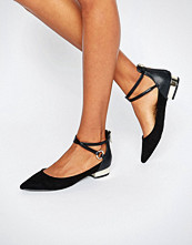 ALDO Biacci Ankle Strap Plated Heel Flat Shoes