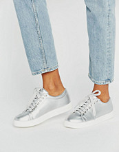 Daisy Street Silver Trainers