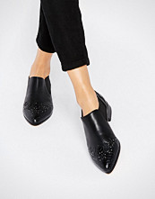 ASOS MAISEY Pointed Flats