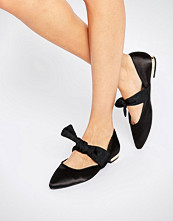 ASOS LOVEABLE Pointed Bow Ballet Flats