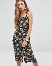 Missguided Exclusive Floral Culotte Jumpsuit