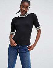 Monki Contrast Trim T-Shirt