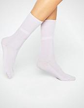 Johnstons of Elgin Pink Cashmere Ankle Socks