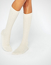 Johnstons of Elgin Cream Cashmere Long Cable Sock