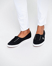 Fred Perry Aubrey Twill Black Plimsoll Trainers