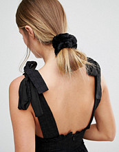 Pieces Delly Faux Fur Scrunchie