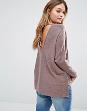 Only Deep V-Back Knitted Top