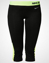 Nike Performance sort 4