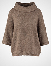 More & More More & More Jumper deep taupe