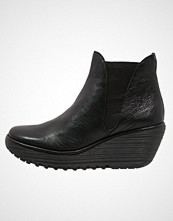 Fly London YOSS Ankelboots black