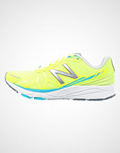 New Balance WPACEYP Løpesko med demping yellow/blue