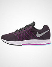 Nike Performance AIR ZOOM PEGASUS 32 Løpesko med demping noble purple/reflective silver/vivid purple